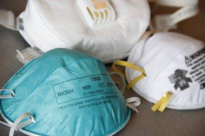 Roušky pro Gruzii – CARE Česká republika chrání lékaře a zdravotní pracovníky před COVID-19